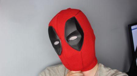 Przerabiam tanią maskę Deadpoola